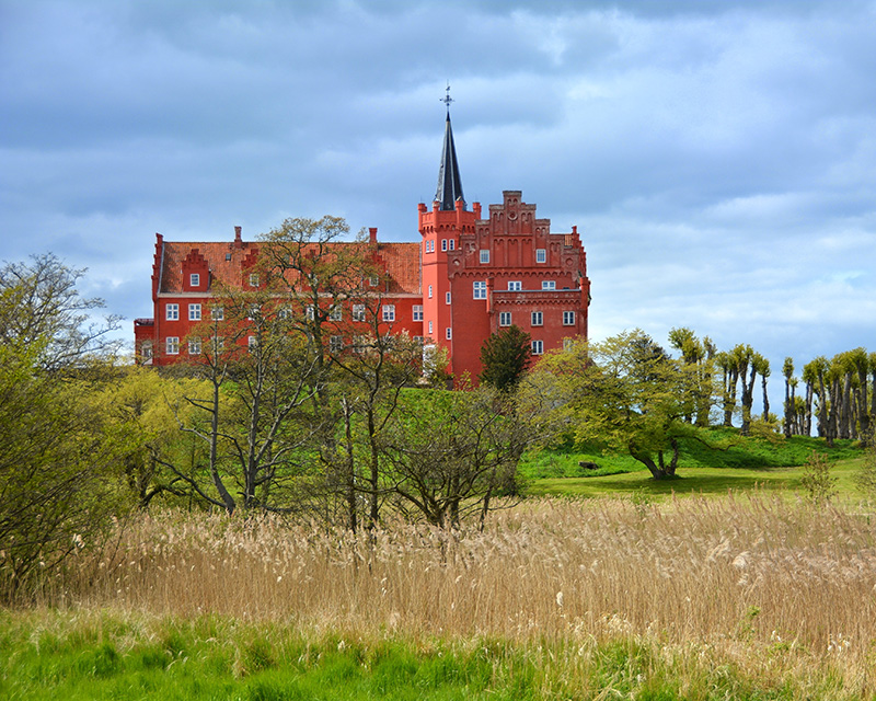 茨纳凯尔城堡